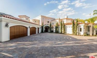 22168  EAGLES NEST Court, Murrieta, California